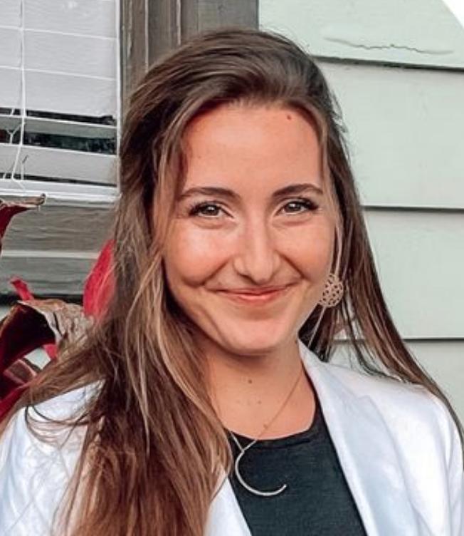 Nicole Pinelli